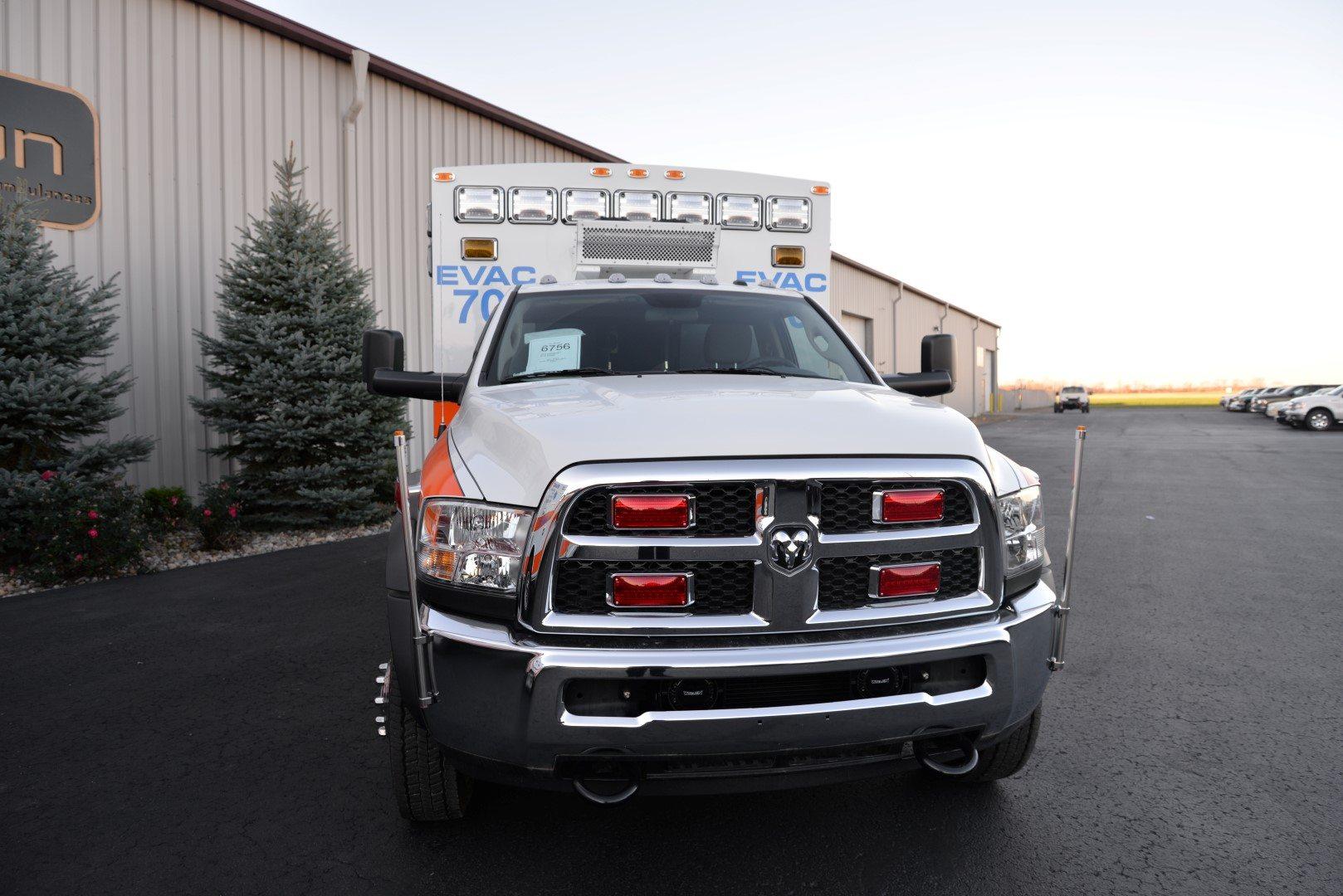 EVAC-Braun-Express-Plus-Ambulance-015