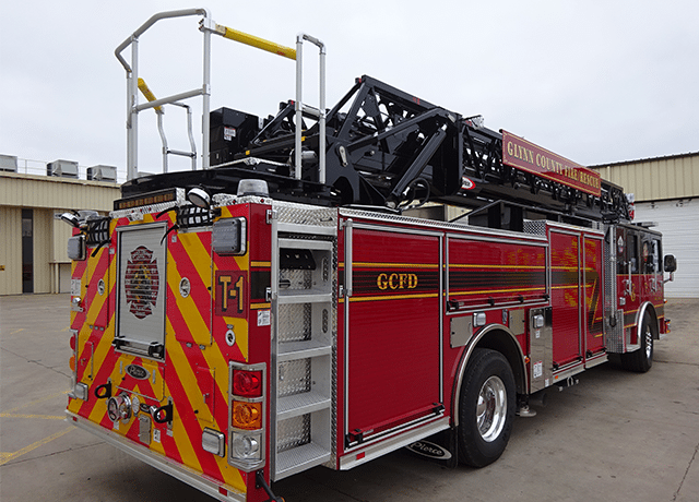 Ten 8 Fire Equipment Pierce Saber Aerial Delivered To